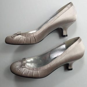 Kenneth Cole Unlisted Silver Fabric Kitten Heels